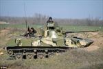 Điện Kremlin cáo buộc xe tăng Ukraine vượt biên giới vào Nga