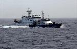 Tàu Trung Quốc dàn hàng ngang ngăn cản tàu Việt Nam