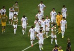 Đội tuyển Hàn Quốc bị ném kẹo cứng
