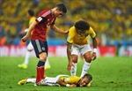 Y tá quay phim Neymar bị đuổi việc