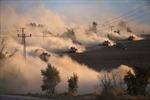 Bộ binh Israel tấn công, dân Gaza tháo chạy