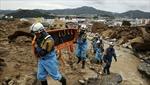 Số người chết trong vụ lở đất Hiroshima tiếp tục tăng