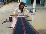 Lưu giữ tinh hoa nghề dệt làng Len Tô