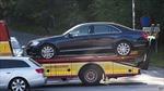 Ôtô chở Vua Thụy Điển gặp nạn