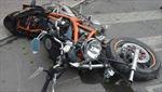 Chạy xe máy tốc độ cao, một người nước ngoài tử vong tại chỗ