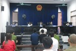 Phạt tù 4 đối tượng chống người thi hành công vụ