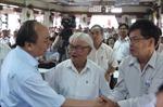 Các đồng chí lãnh đạo Đảng, Nhà nước tiếp xúc cử tri