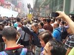 Biểu tình ở Hong Kong: Những hình ảnh đối lập