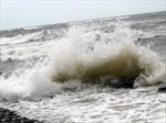 Cứu 2 ngư dân đuối nước trên biển Phú Yên