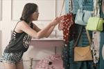 Văn Mai Hương đăng bán đồ độc lạ trên Chợ Tốt