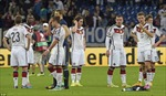 Trận hòa như thua của nhà vô địch thế giới Đức