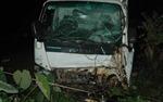 Xe máy đối đầu xe tải, 3 thanh niên tử vong tại chỗ