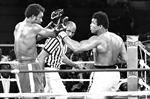 """Muhammad Ali - Huyền thoại của """"rừng già nhiệt đới"""""""
