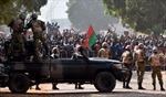 Quân đội Burkina Faso giành quyền điều hành đất nước sau bạo loạn