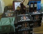 Tạm giữ lô hàng rượu ngoại không hóa đơn chứng từ