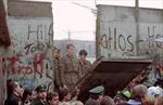 Điểm lại thời khắc lịch sử của Bức tường Berlin