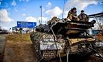 Đoàn xe bọc thép tiến tới Donetsk
