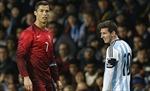 Ronaldo và Messi mờ nhạt tại Manchester