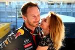 Ông chủ Red Bull kết hôn với cựu thành viên Spice Girl