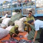 Hà Nội thu giữ lô hàng lậu gần 500 triệu đồng