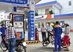 Kiểm tra bán xăng E5 tại Petrolimex Sài Gòn