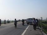 Khẩn trương cứu chữa 23 nạn nhân vụ xe khách lao ruộng