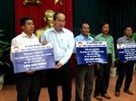 Đồng chí Nguyễn Thiện Nhân thăm gia đình chính sách, ngư dân Khánh Hòa