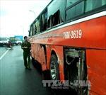 Xe chở công nhân bị tông, 16 người thương nặng