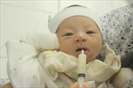 Số phận mong manh của bé sơ sinh bị bỏ rơi