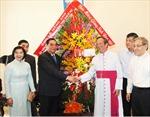 Đồng chí Lê Hồng Anh chúc mừng Giáng sinh Chủ tịch Hội đồng Giám mục Việt Nam