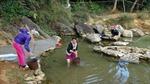 Bản vùng cao hơn 5 năm sử dụng… nước của bãi rác