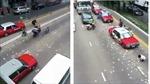 Dân Hong Kong lao vào 'hôi' 1,95 triệu USD rơi trên đường