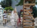Chàng thanh niên làm giàu từ nghề điêu khắc đá mỹ nghệ truyền thống