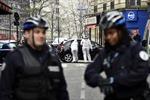 Có 3 tay súng tấn công tòa báo ở Paris