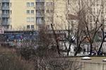 Báo Anh: Lại nổ súng gần tháp Eiffel, Paris