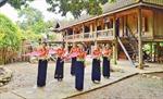 Bảo tồn văn hóa với phát triển du lịch