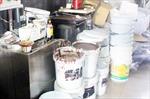 Triệt phá xưởng bánh kẹo nguyên liệu không nguồn gốc