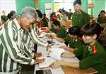 Phú Yên giảm án, tha tù 443 phạm nhân