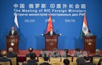 Ngoại trưởng Trung Quốc - Nga - Ấn Độ ra thông cáo chung
