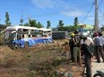 Xe khách đâm xe tải, 6 người bị thương nặng