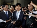 Cựu giám đốc tình báo Hàn Quốc 'bóc lịch' 3 năm