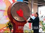 Phó Thủ tướng Nguyễn Xuân Phúc đánh trống khai hội chùa Bái Đính