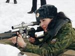 Vẻ đẹp của các 'bóng hồng' khoác áo lính Nga