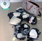 Bắt vụ vận chuyển gần 500 viên ma túy từ Lào