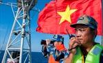 """Chủ đề biển đảo """"nóng"""" cuộc thi ảnh """"Đức, tài và vẻ đẹp Việt Nam"""" lần thứ 2"""