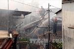 Hiện trường 5 căn nhà cháy rụi tại TP.HCM