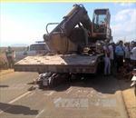 Ô tô tải cuốn xe máy vào gầm, người phụ nữ tử vong