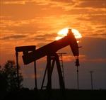 Giá dầu thô giảm mạnh sau thỏa thuận hạt nhân Iran