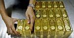 Bất chấp đồng USD yếu, giá vàng vẫn giảm