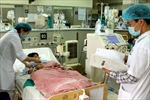 15 học sinh nhập viện do ngộ độc thực phẩm